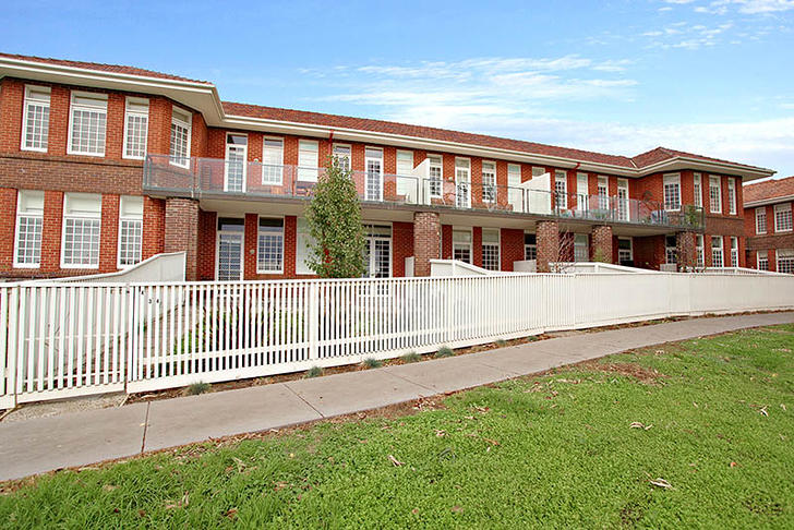 Apartment - 3/34 Linacre Dr...