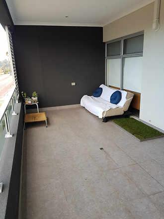 3274bcdef9720c6bca7366e2 13805 balcony 1547058979 thumbnail