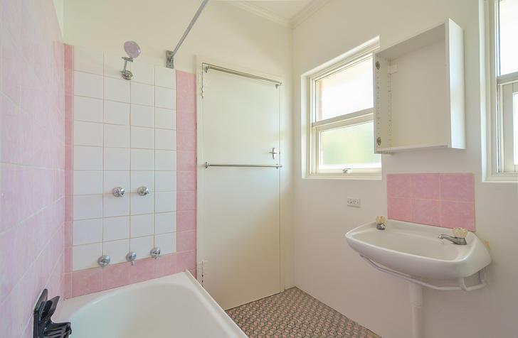 F6bd138c598efe5d6c93c7e5 23666 bathroom 1547144494 primary
