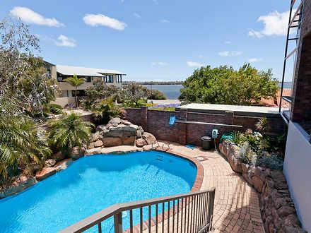 House - 55A Melville Beach ...