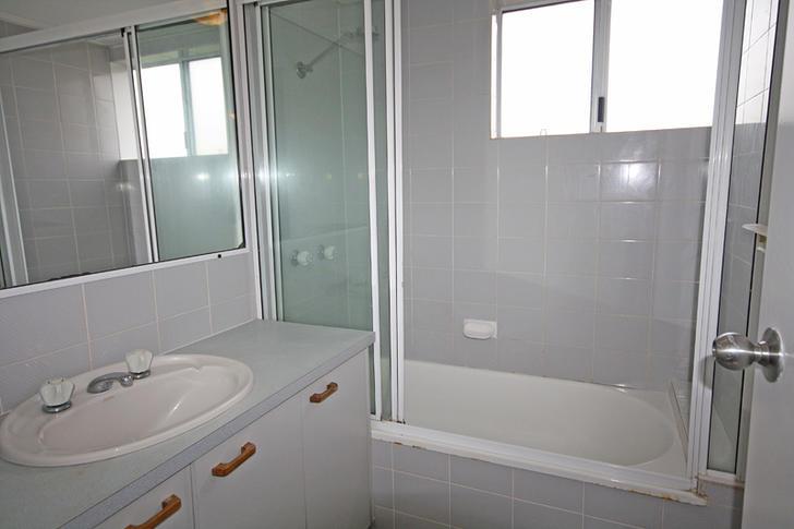 116cd4172ed06519e8550a58 22704 bathroom 1547190741 primary