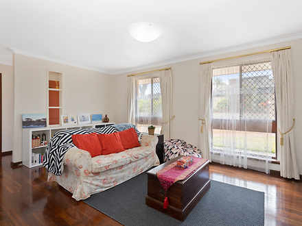 House - 65 Darley Circle, B...
