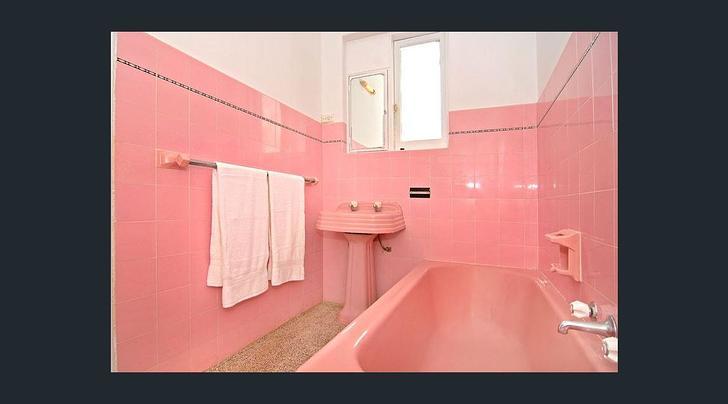28c2cdd8542bcafd223a7b97 16593 bathroom1 1547231086 primary