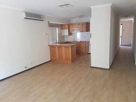 Entertainment family room  kitchen   hallway 1547380895 thumbnail
