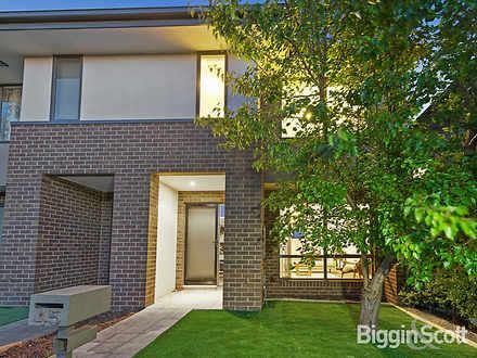 House - 45 Waverley Park Dr...
