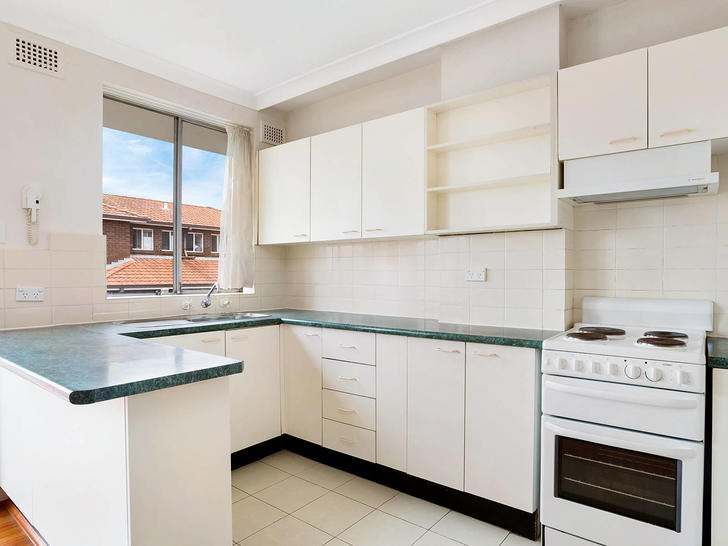 16a3c8015bdea394dcc40d5f meeks st 9 40 kingsford kitchen 1547517289 primary