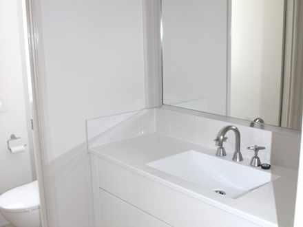 82c9523f2bd7f9ff5417821c 32145 bathroom1 upright 1547533013 thumbnail
