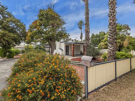 House - 2 Corona Close, Roc...