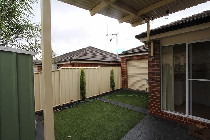 3/32 Bay Street, Golden Square 3555, VIC House Photo