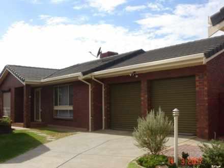 House - 13 Cormorant Court,...