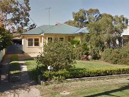 House - 352 Fitzroy Street,...