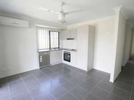 House - 2/2 Beechwood Close...