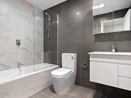 E5032469a21a8789f0e499e2 26078 3 bathroom 1548818659 thumbnail