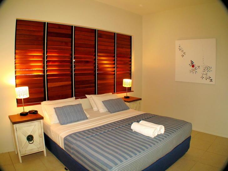 7 downstairs king bedroom 1549063896 primary