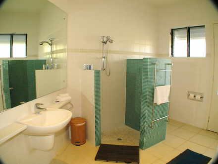 9 downstairs bathroom 1549063897 thumbnail
