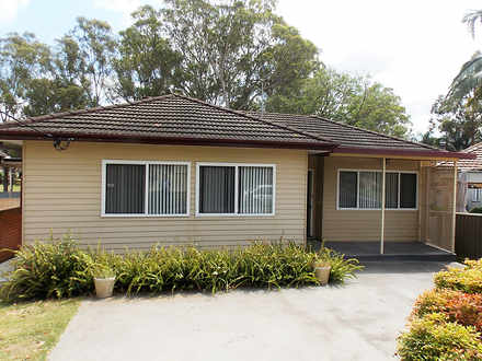 House - 15 Epping Close, Ca...