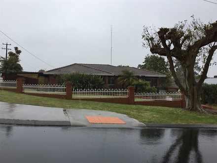 House - 5 Trusty Place, Aus...