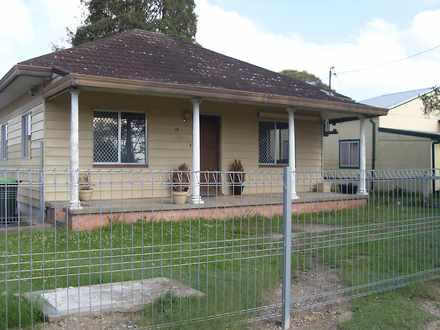 House - 12 Kanangra Drive, ...