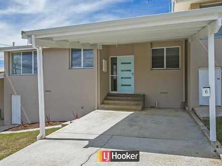 House - UNIT 3/105 View Roa...