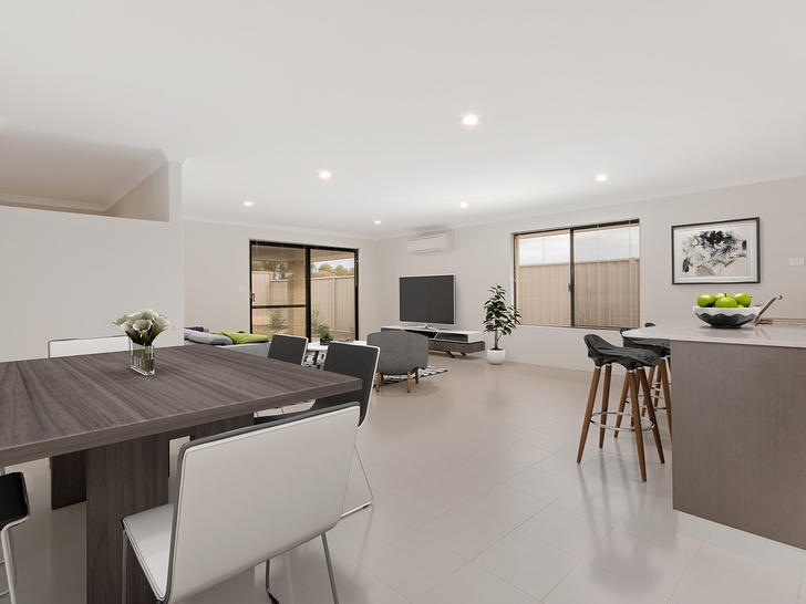 House - 7 Newmarket Road, M...
