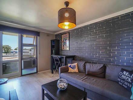 Apartment - UNIT 17 / 66E G...