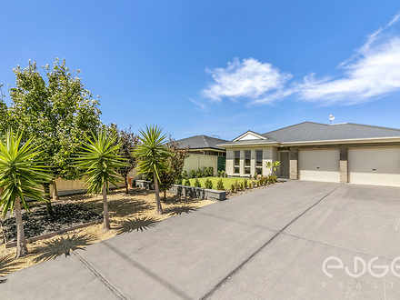 House - 42 Camelot Drive, B...
