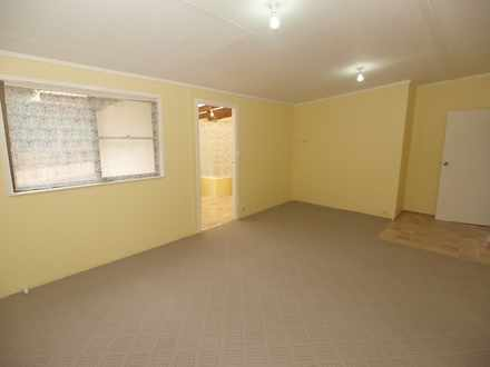 Unit - 18A Pearce Street, E...