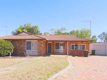 House - 11 Echuca Place, Co...