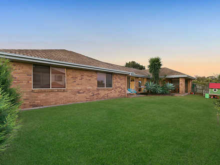 House - 38 Chesterfield Cre...