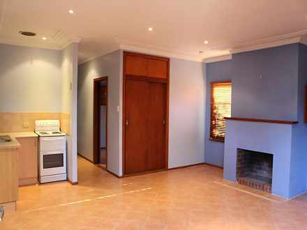 House - 2/9 Hilltop Road, W...