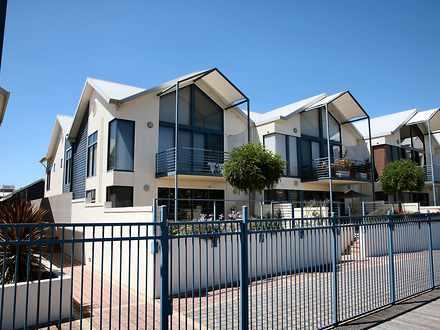 Townhouse - 11 Seaport Boul...