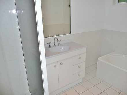 14440c0e57d6c8f983e71c5f 30539 bathroom 1585206854 thumbnail