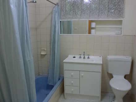 6b867834df029e21b3e9e360 10345 bathroom 1585196103 thumbnail