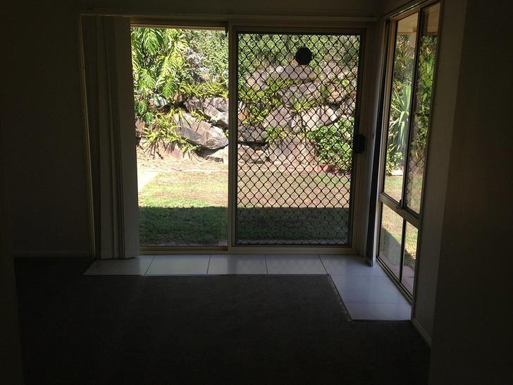18 Strathalbyn Court, Parkwood 4214, QLD House Photo