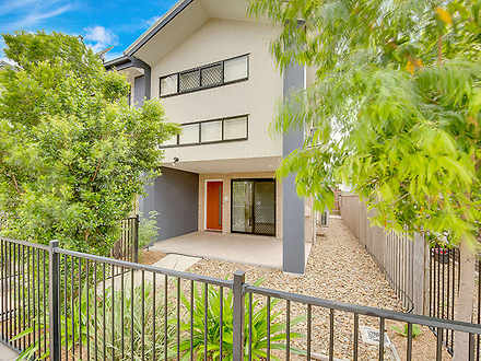 House - 28 Wedgetail Road, ...