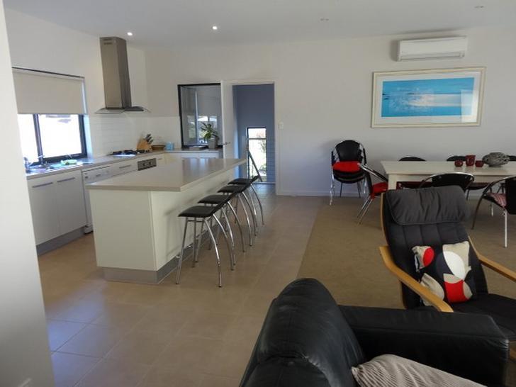 10 Olivebank Crescent, Encounter Bay 5211, SA House Photo