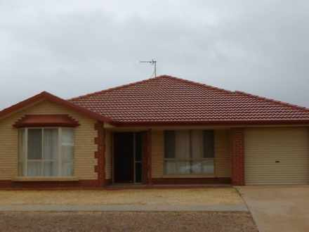 House - 22 Risby Avenue, Wh...