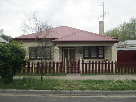 House - 40 Havlin Street, Q...