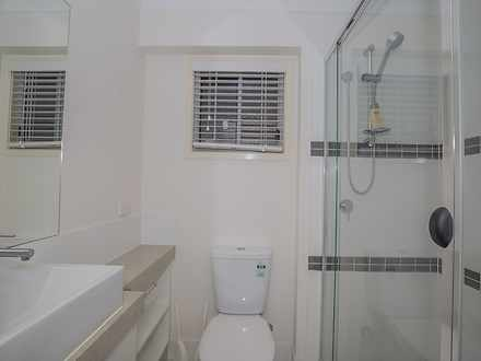 5fcd30053a66d02f8b68b356 10219 bathroom 1585113324 thumbnail