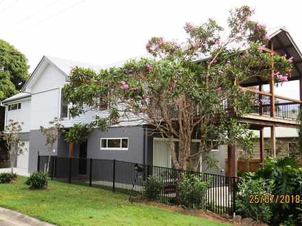 House - 2 Elizabeth Avenue,...