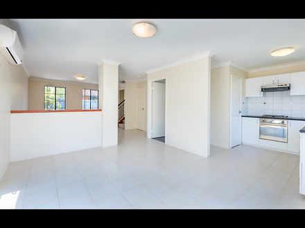 House - 2/372 Belgravia Str...