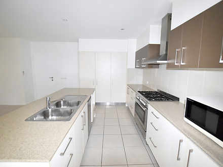 173bf5483f67ac65512766e4 22503 8iris kitchen3 1589243514 thumbnail