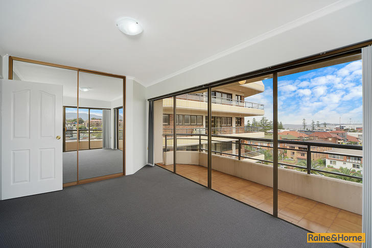 F206291fe81bd652ea8d23cf 1440979554 22912 013 open2view id373128 28 8 12 smith street wollongong 1553107216 primary
