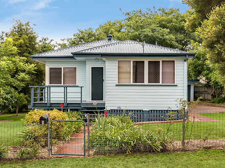 House - 8 Dunkley Street, S...