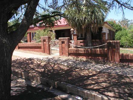 House - 15 Bushman Street, ...