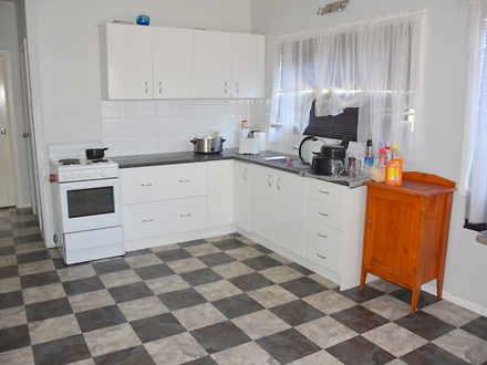Bfea89a2b91580a28001f96b 8702 hires.5575 kitchen 1554174979 thumbnail