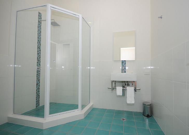 989db4479d88240575f07370 9619 bathroom2 1554275846 primary