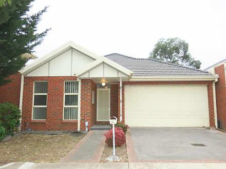 House - 96 Tasman Crescent,...