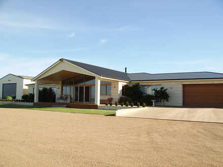 House - 276 Thorpes Road, T...