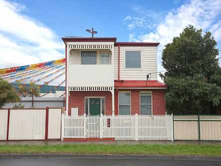 House - 10 Geelong Street, ...
